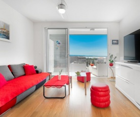 Absolutely new sea view luxury apartment - Minka