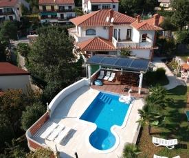 Apartments with a swimming pool Opatija - Pobri (Opatija) - 16390