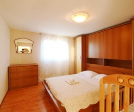Apartment Lana & Ema