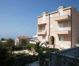Apartment Makarska (150-1)